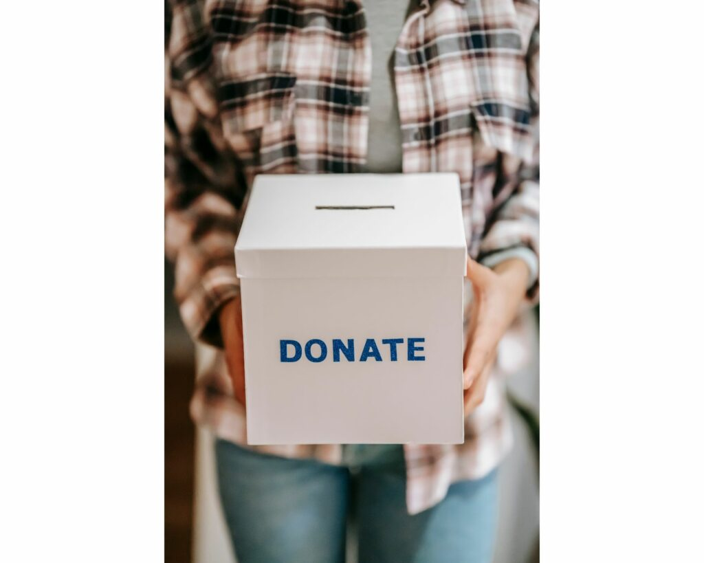 How are Charitable Contributions Used to Reduce Estate Taxes?